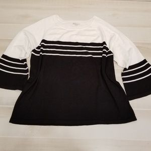 {18/20W} CATO Black White Bell Sleeve Sweater